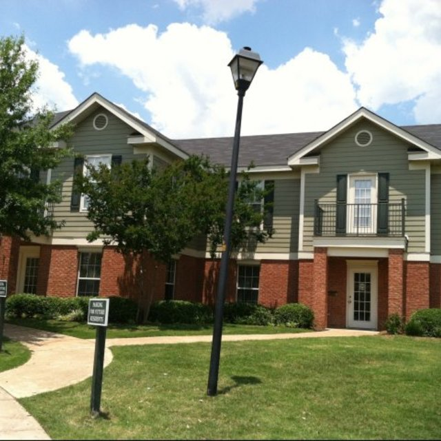 Spring Lake Apartments, Byram, MS - Location