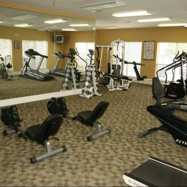 Spring Lake Apartments, Byram, MS - Fitness Center 3